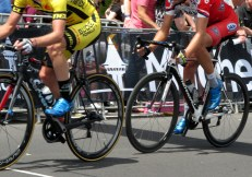Blue shoe breakaway at the 2014 Bay Crits, but black socks in front