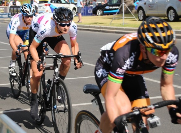 Loren Rowney and Kimberley Wells chasing Giorgia Bronzini's rainbows at 2015 bay crits